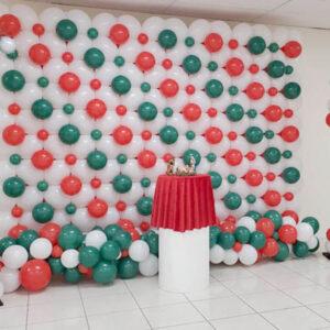 Christmas Link Balloon Wall