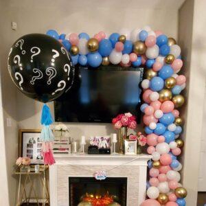 Gender Reveal Garland with Surprise Balloon W/ Tassle