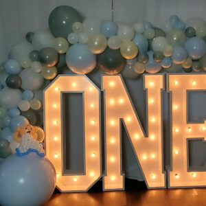 """""""ONE"""" Marquee Letters (Does not include balloons)"""
